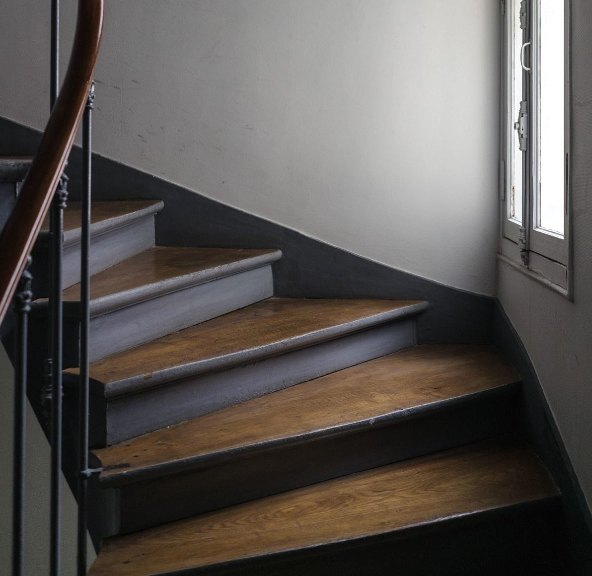El precio de la tarima flotante para escaleras for Precio tarima flotante instalada